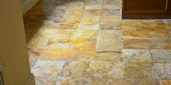 Restoring the Appearance of Travertine Kitchen Tiles in Greet